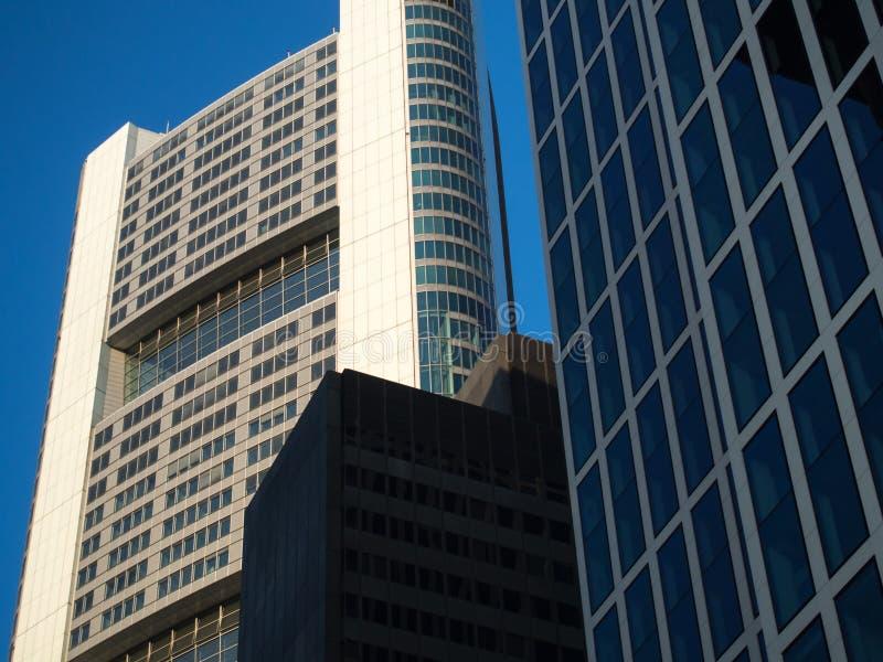 Download Edificios Del Negocio En El Distrito Financiero De Francfort, Germen Foto de archivo - Imagen de capital, brillante: 42442422