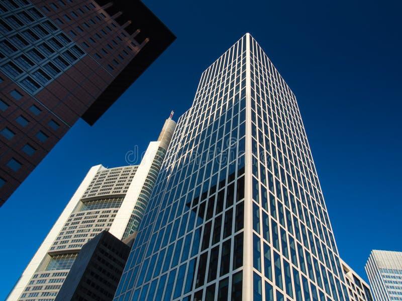 Download Edificios Del Negocio (Japón-centro Y Torre De Taunus), Francfort, Alemania Foto de archivo - Imagen de fascinación, área: 42425610