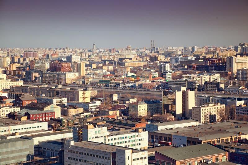 Edificios densos en el área industrial fotografía de archivo libre de regalías