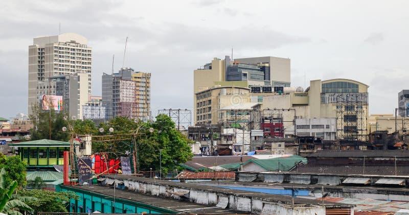 Edificios en el distrito de Baclaran, Manila, Filipinas fotografía de archivo libre de regalías