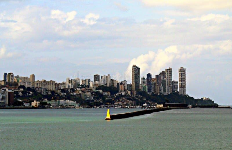 Edificios en la ciudad de Salvador, Bahía, el Brasil imagenes de archivo