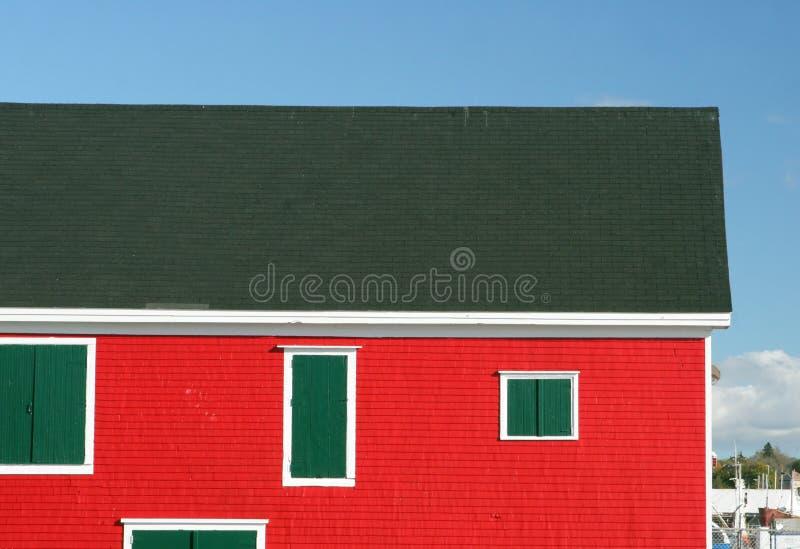 Edificios en la línea de costa en Lunenburg, Nueva Escocia, Canadá fotos de archivo