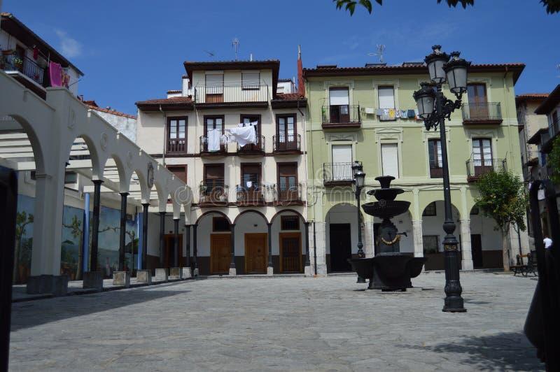 Edificios hermosos de Marques De Albaida Square Composed By del siglo XIX en Laredo 27 de agosto de 2013 Laredo, Cantabria, Espa? imágenes de archivo libres de regalías