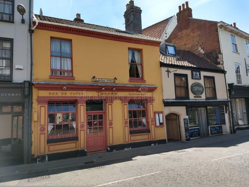 Edificios históricos, calle del puente de Fye, Norwich, Inglaterra imagenes de archivo