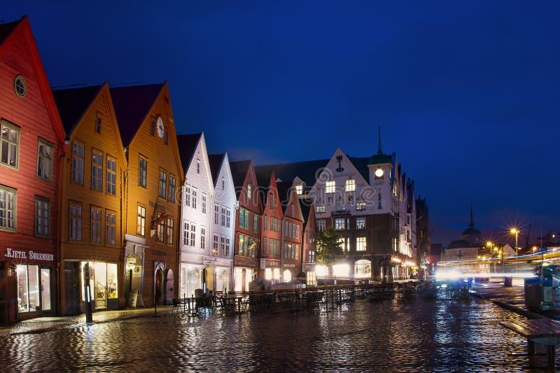 Edificios históricos en la calle en Berge, Noruega foto de archivo libre de regalías
