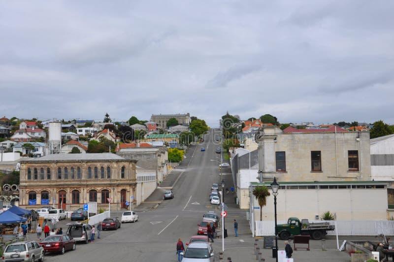 Edificios históricos a lo largo de una calle vieja del puerto en Oamaru, Nueva Zelanda foto de archivo