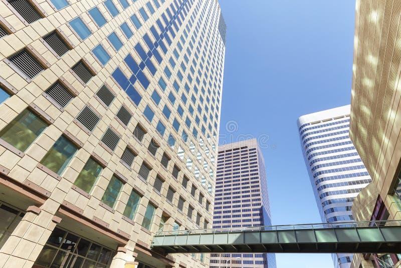 Edificios modernos en Denver céntrica, los E.E.U.U. fotografía de archivo libre de regalías