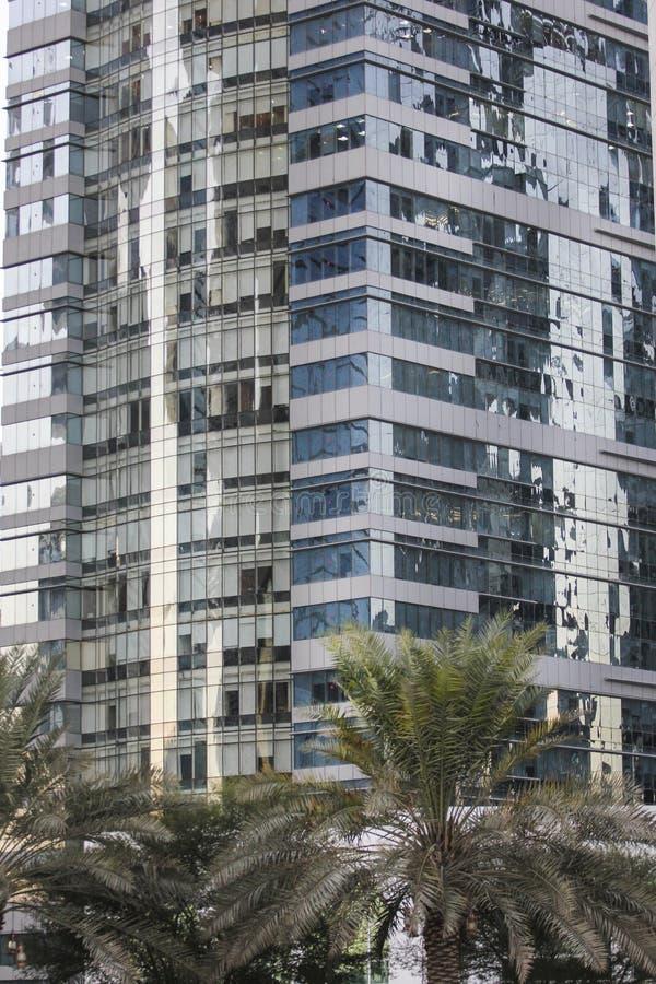 edificios modernos en Doha, Qatar imágenes de archivo libres de regalías