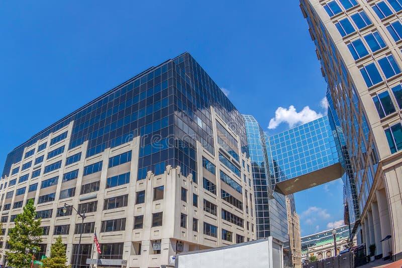 Edificios modernos incluyendo el departamento de asuntos de veteranos, W fotos de archivo libres de regalías