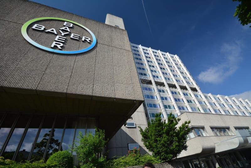 Edificios Pharma AG, de la administración y del laboratorio de Bayer de los productos farmacéuticos de la atención sanitaria de B imágenes de archivo libres de regalías