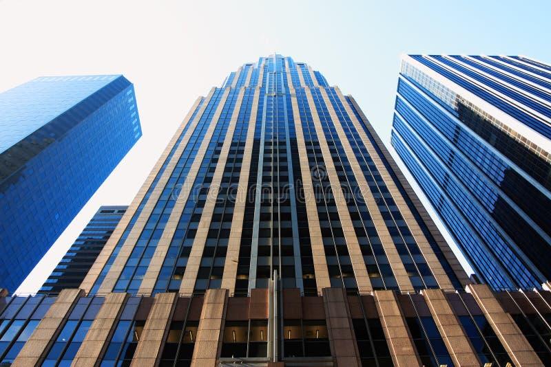 Edificios reflexivos imagenes de archivo
