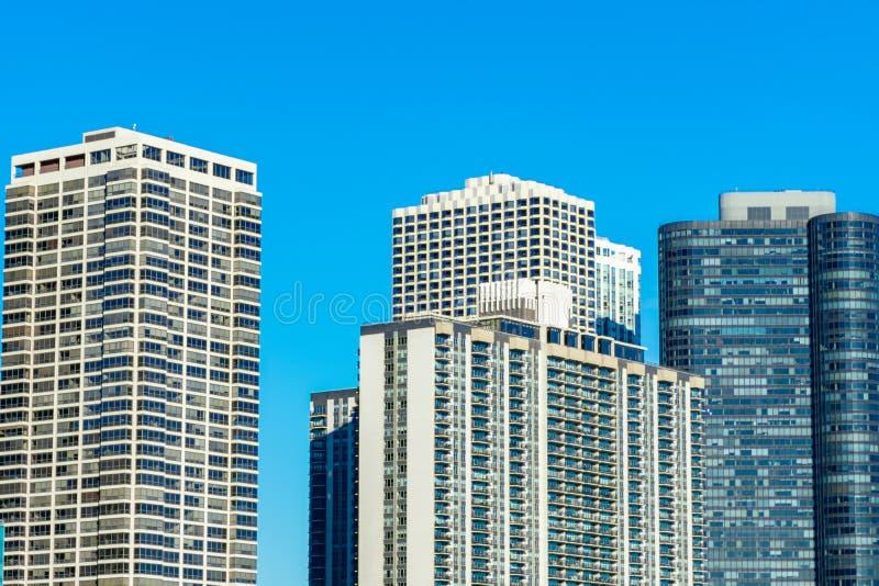 Edificios residenciales en a orillas del lago Chicago del este foto de archivo