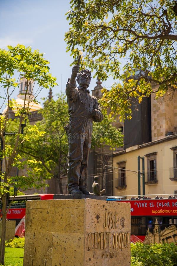 Edificios y estatuas del cuadrado de la liberación foto de archivo
