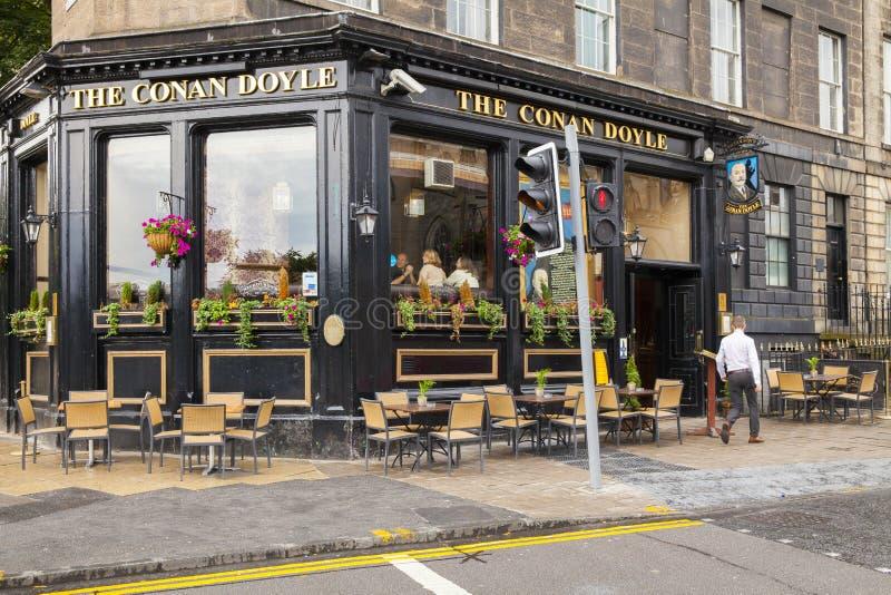 Edimburgh för Conan doylenicholson bar arkivbilder