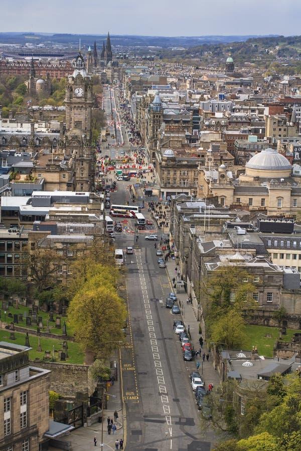 Edinburg cityscape från Carlton Hill fotografering för bildbyråer