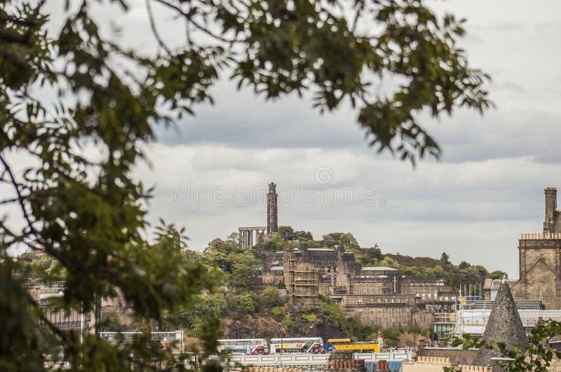 Edinburg Skottland, UK - sikten av den Calton kullen royaltyfria bilder