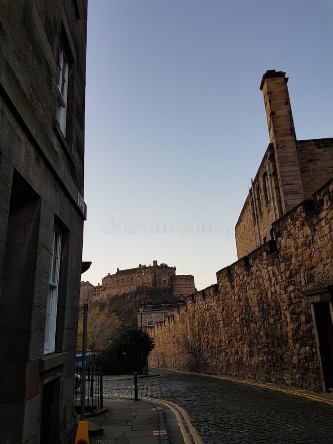 Edinburgh-Gasse lizenzfreie stockfotografie