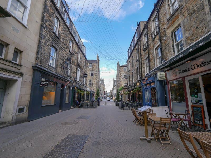 Edinburgh, het Verenigd Koninkrijk, stadsstraten in van de binnenstad stock fotografie