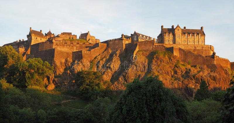 Edinburgh-Schloss in Edinburgh, hohes Res lizenzfreie stockbilder