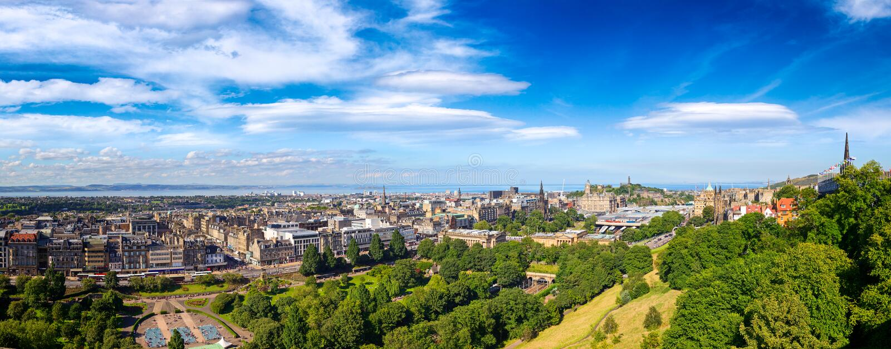 Edinburgh-Stadtbildpanorama Schottland Großbritannien stockbilder