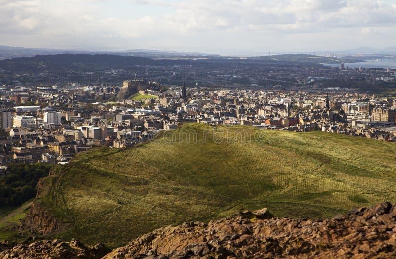 Edinburgh vom Holyrood Park lizenzfreies stockbild