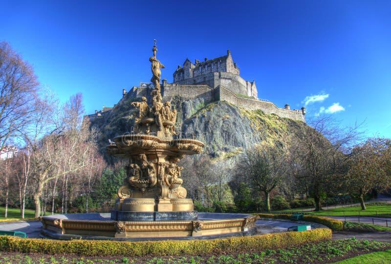 Edinburgslott i Skottland royaltyfria bilder
