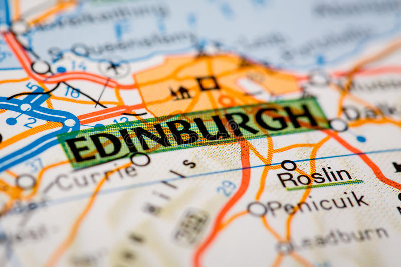 Edinburgstad på en färdplan royaltyfria bilder