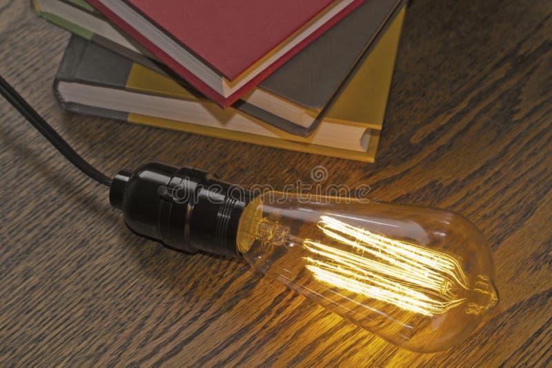 Edison Lightbulb Books fotografia stock