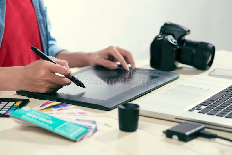 Editor de fotos Working Place Concept foto de archivo libre de regalías