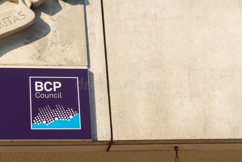 Editorial, BCP Bournemouth, Christchurch y el consejo de Poole, muestra en la ciudad Hall Annexe de Bournemouth creó el 1 de abri fotos de archivo