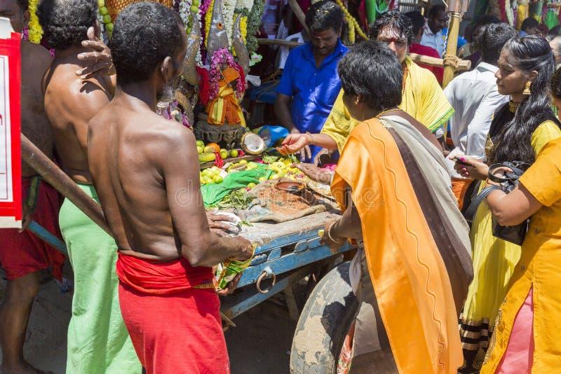 Editorial documental FESTIVAL del MASI MAGAM, PUDUCHERY, PONDICHERY, TAMIL NADU, la INDIA - 1 de marzo de 2018 Ingenio no identif imagen de archivo libre de regalías