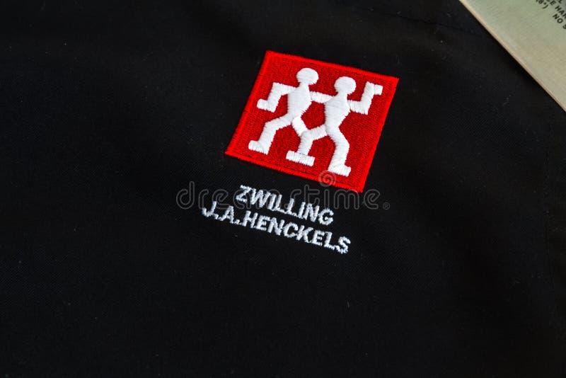 Editorial ilustrativo de Zwilling J A Cuchillo de cocina de Henckels a imagen de archivo libre de regalías
