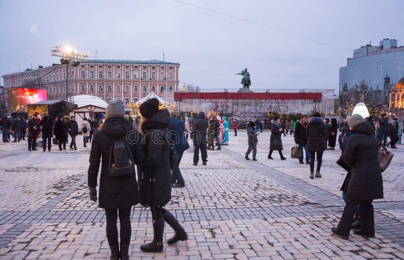 editorial Kyiv, Ukraina, Styczeń/-, 13, 2018: Nowego Roku ` s jarmark na Sophia kwadracie blisko zabytku Bogdan Khmelnitsky zdjęcia stock
