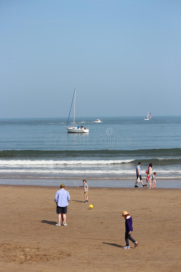 EDITORIAL: SCARBOROUGH BEACH, YORKSHIRE, ENGLAND: SUNDAY 8TH MAY 2016. stock images