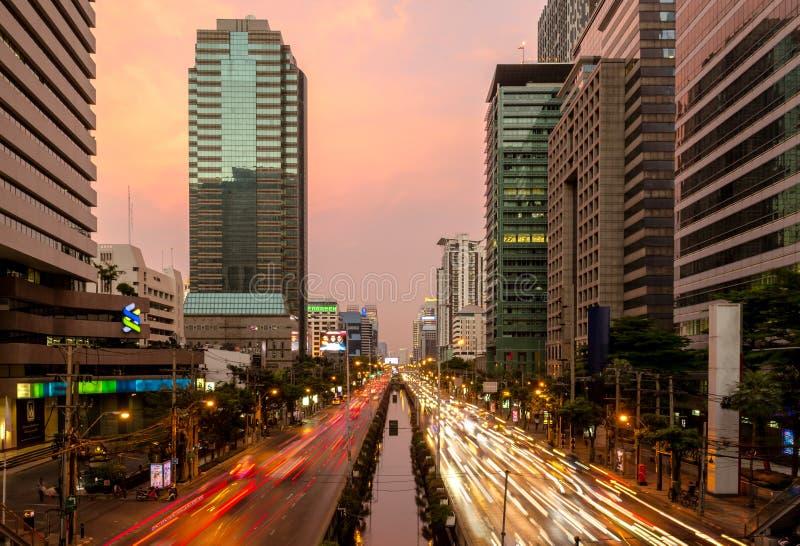 Editoriale: Città di Bangkok, Tailandia, il 25 marzo 2017 La luce di immagine stock