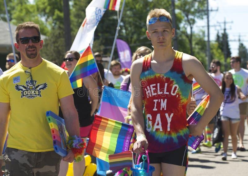 Edmonton, Canadá 10 de junho de 2016: Os povos comemoram o orgulho imagens de stock royalty free