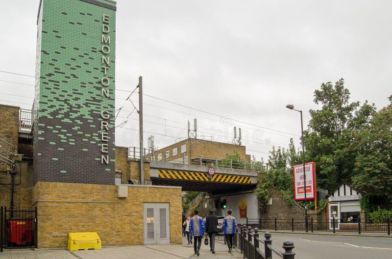 Edmonton-Grünstation, London lizenzfreie stockfotos
