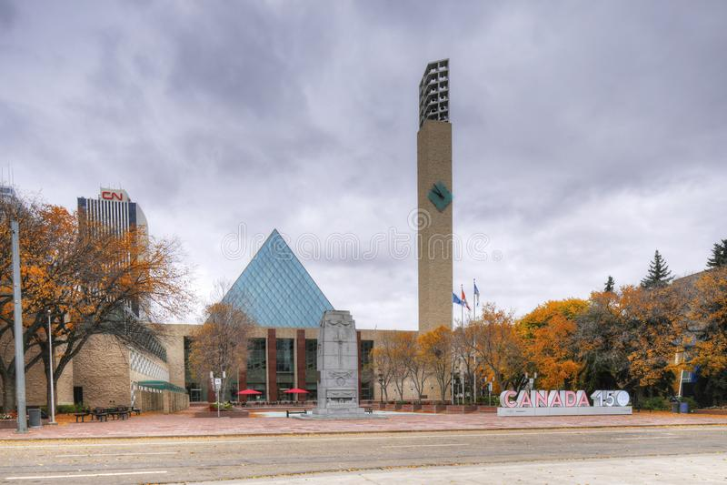 Edmonton Kanada stadshus- och Kanada 150 tecken royaltyfri foto