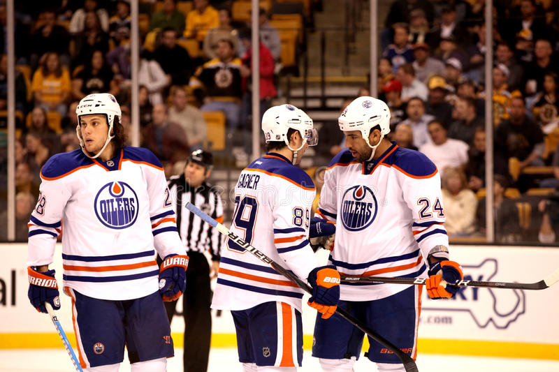 Download Edmonton Oilers: Jones, Gagner & Peckham Editorial Stock Image - Image: 23472434