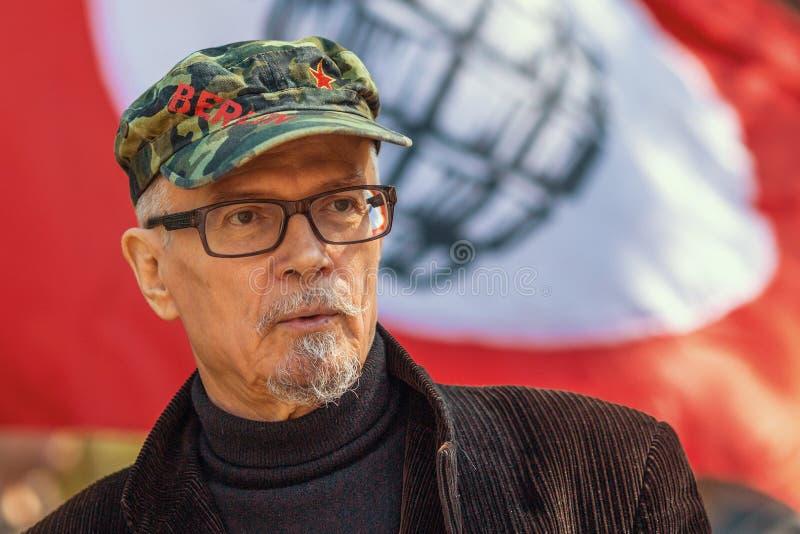 Eduard Limonov - rysk författare-, poet-, essäist-, politiker-, grundare- och gamlaledare av det förböd nationella bolsjevikiska  royaltyfri foto