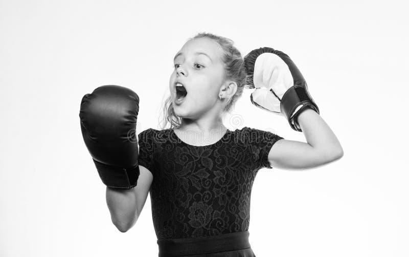 Educa??o para a lideran?a e o vencedor Encaixotamento forte da crian?a Conceito do esporte e da sa?de Esporte de encaixotamento p fotos de stock