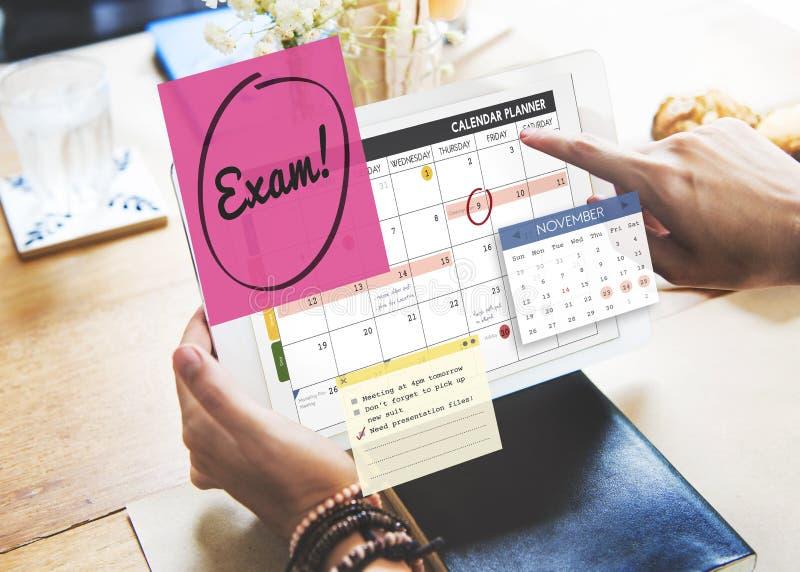 Educación del examen para hacer concepto del horario de la escuela del comentario foto de archivo libre de regalías