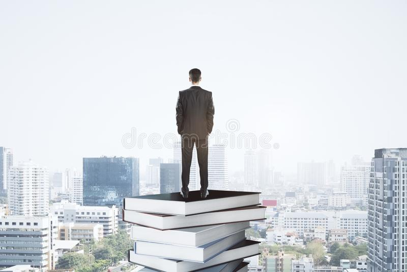 Educaci?n y concepto de la literatura imágenes de archivo libres de regalías