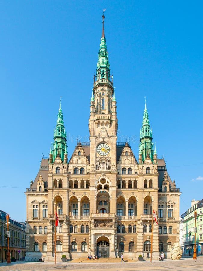 Edvard Benes广场的城镇厅在利贝雷茨,捷克 库存照片