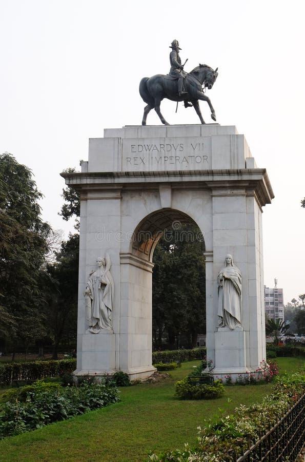 Edwards VII Rex, construção de Victoria Memorial em Kolkata fotos de stock royalty free