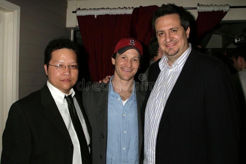 Edwin Santos con Michael Leydon Campbell e Craig Carlisle al Premiere di Los Angeles ?della musica funky del Bob?. Teatro di tramo immagine stock