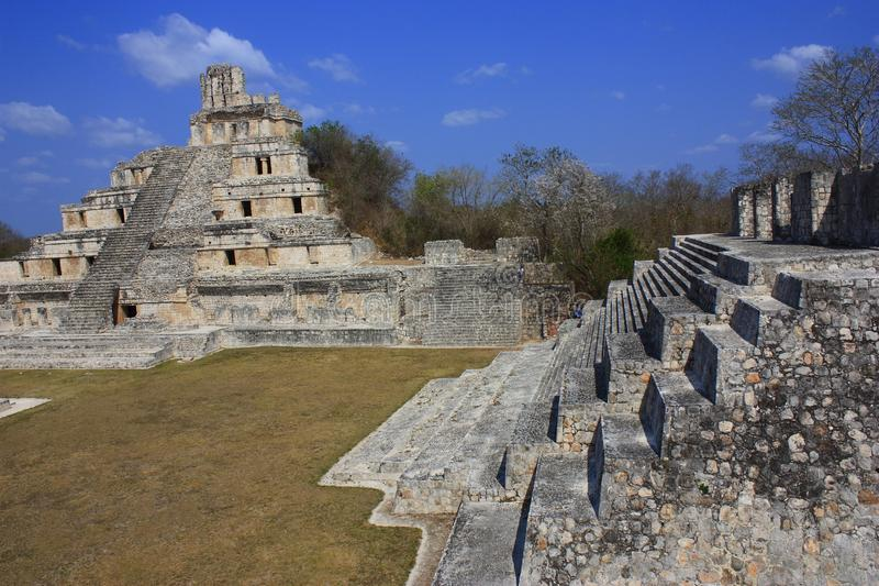 Edzna Pyramiden stockfotos