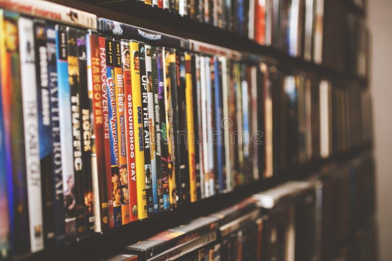 Een achtergrond van klassieke films op DVD stock fotografie