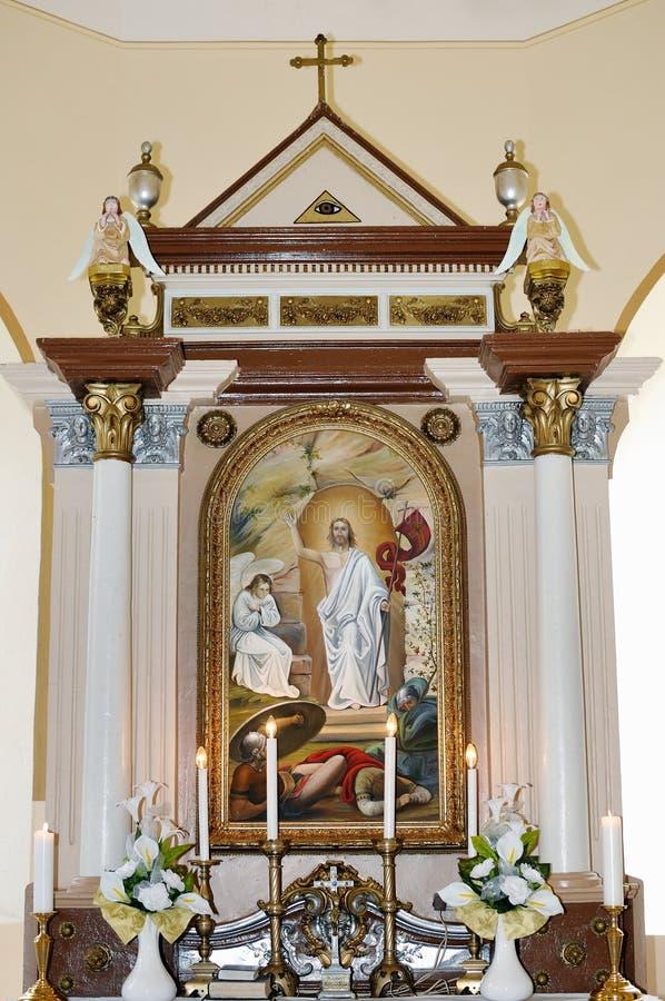 Een altaar in de Katholieke Kerk royalty-vrije stock fotografie