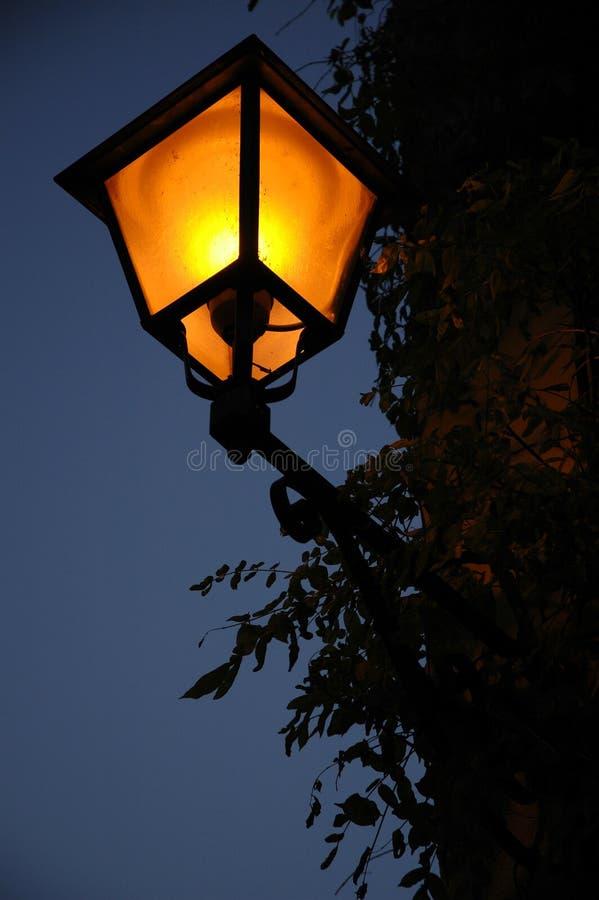 Download Een andere lantaarnpaal stock foto. Afbeelding bestaande uit licht - 35364